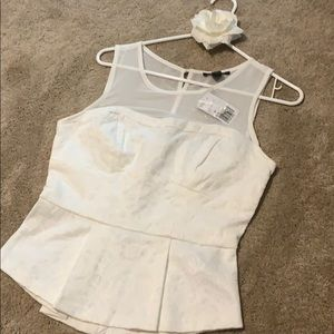Forever 21 NWT top size medium